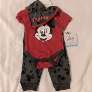Disney Baby Mickey 3 Piece Set NWT 0-3 Months